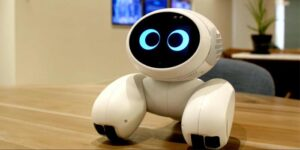 Meet Roobo Domgy: The Cute Robotic Dog You have Always Wanted
